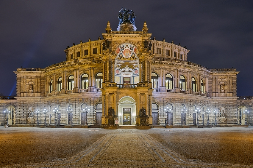 Dresden - Semperoper [No. 1929]